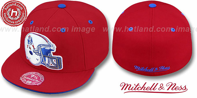 the latest 144fb 57b46 Patriots 'XL-HELMET' Red Fitted Hat by Mitchell & Ness